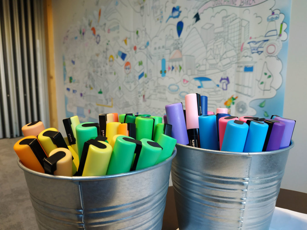 mur-coloriage-entreprise-engie-lab-crigen-posca